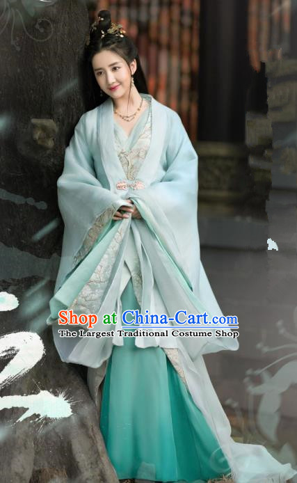 Chinese Ancient Noble Lady Hen Xiang Historical Drama Princess Silver Costume and Headpiece for Women