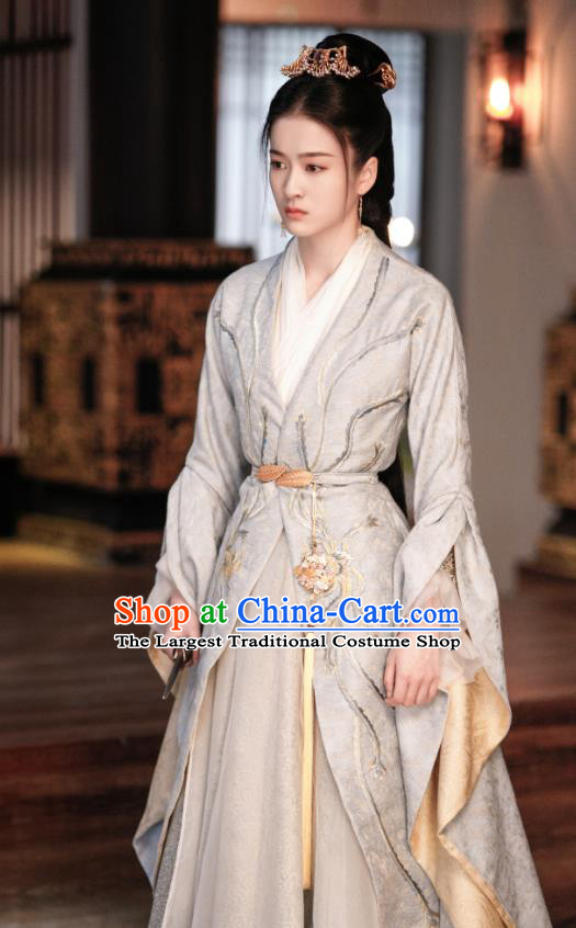 Chinese Ancient Palace Princess Rong Le Green Historical Drama Princess Silver Costume and Headpiece for Women