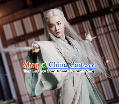 Chinese Ancient Female Swordsman Rong Le Green Historical Drama Princess Silver Costume and Headpiece for Women