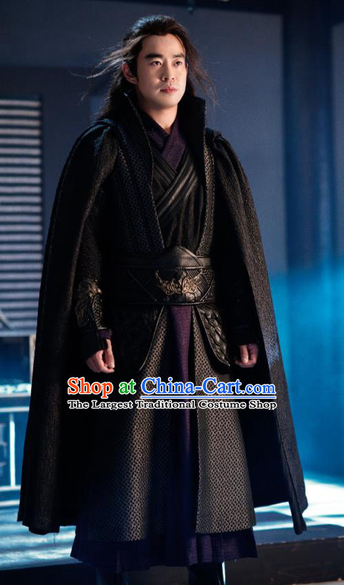 Chinese Drama Princess Silver Ancient Swordsman Xiao Sha Historical Costume and Headwear for Men