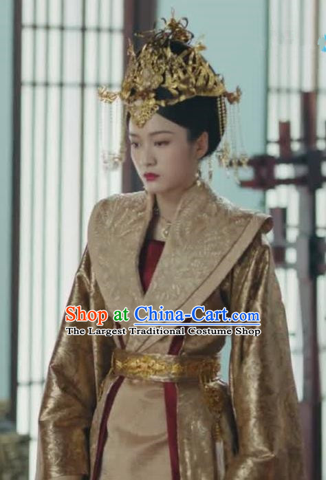 Chinese Ancient Queen Rong Le Golden Historical Drama Princess Silver Costume and Headpiece for Women