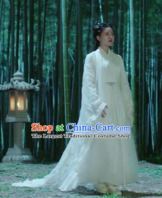 Chinese Drama Love Better Than Immortality Ancient Female Swordsman Chun Hua White Historical Costume and Headpiece for Women