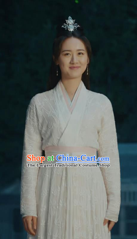Chinese Historical Drama Ancient Female Swordsman Shu Jingrong White Hanfu Dress Listening Snow Tower Costume and Headpiece for Women