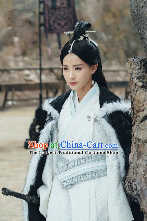 Chinese Ancient Noble Lady Dress Historical Drama Sword Dynasty Gongsun Qianxue Costume and Headpiece for Women