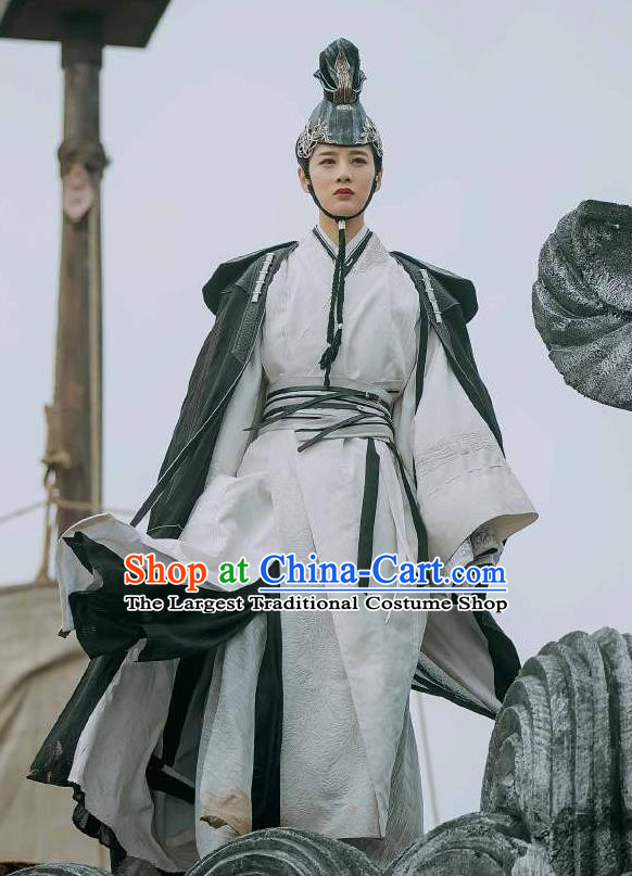 Chinese Ancient Female Swordsman Priestess Ye Celeng Dress Historical Drama Sword Dynasty Costume and Headpiece for Women