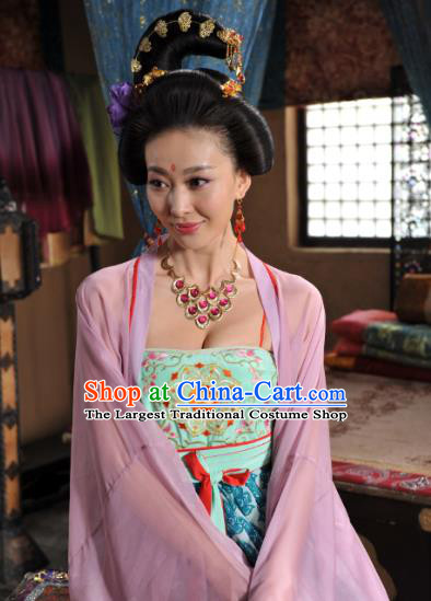 Chinese Ancient Tang Dynasty Hostess Dress Historical Drama Dagger Mastery Shisan Niang Costume and Headpiece for Women