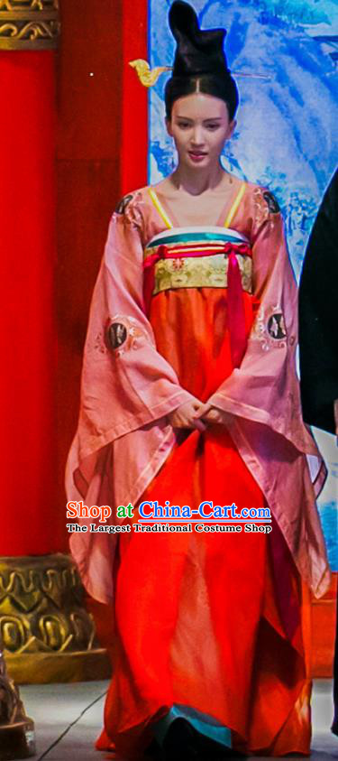 Chinese Ancient Court Lady Hanfu Dress Historical Drama Mengfei Comes Across Imperial Consort Bu Meng Costumes and Golden Hair Accessories