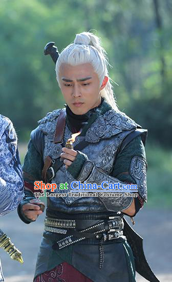 Chinese Ancient Young Swordsman Tie Lang Clothing and Jade Hairpin Drama The Taosim Crandmaster Apparel and Headwear