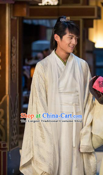 Chinese Ancient White Hanfu Clothing and Jade Hairpin Drama The Taosim Crandmaster Zhang Ling Costumes and Hairdo Crown