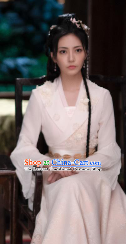 Chinese Ancient Noble Lady Historical Costumes Drama The Romance of Hua Rong White Hanfu Dress and Hair Jewelries