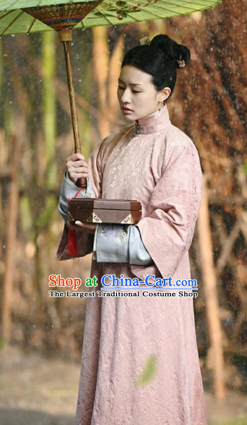 Chinese Ancient Garment Manchu Court Maid Apparels Pink Qipao Dress and Hair Accessories Drama Dreaming Back to the Qing Dynasty Qi Xiang Costumes