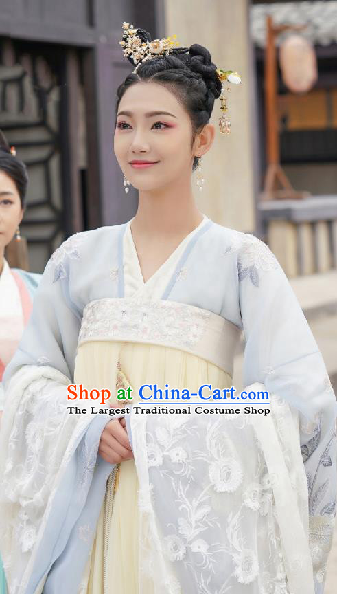 Chinese Ancient Princess Light Yellow Hanfu Dress Garment and Hairpins Drama To Get Her Court Lady Murong Xianyue Apparels Costumes