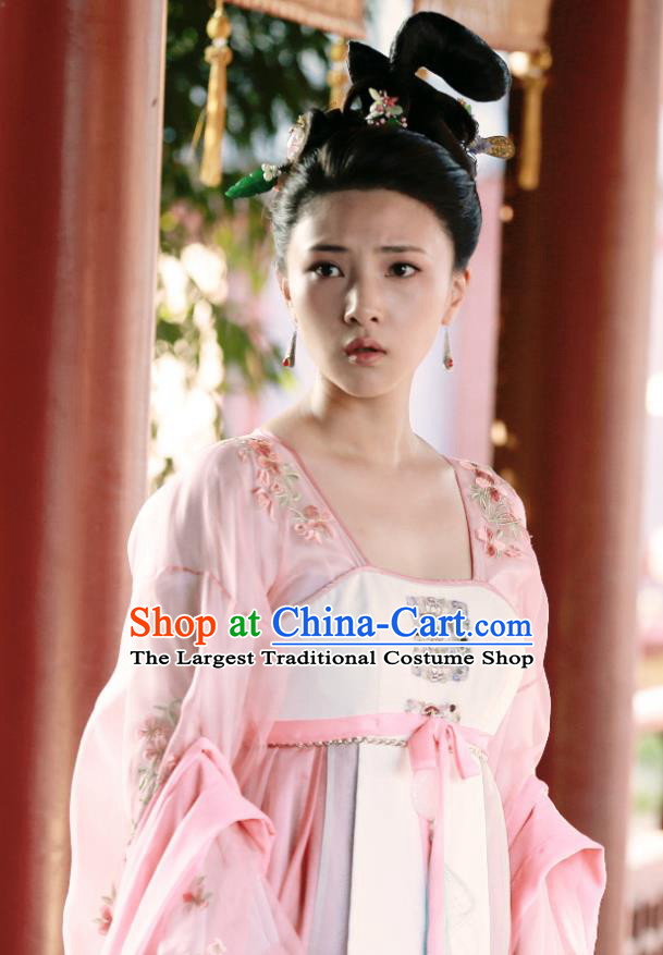 Chinese Wuxia Drama Ancient Princess Garment The King of Blaze Costumes Apparels Infanta Pink Hanfu Dress and Hair Jewelries