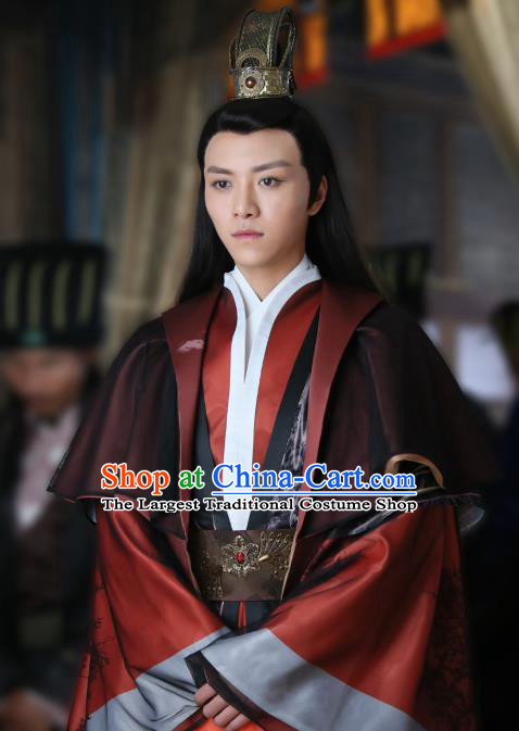 Chinese Ancient Swordsman Garment Hanfu Costumes and Hairdo Crown Drama Men With Sword Gen Mochi Knight Apparels