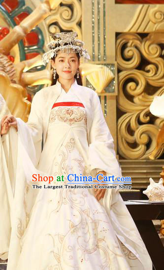 Chinese Ancient Noble Lady Apparels Garment Costumes and Headwear Drama The Starry Night The Starry Sea Bride Lu Li Dress