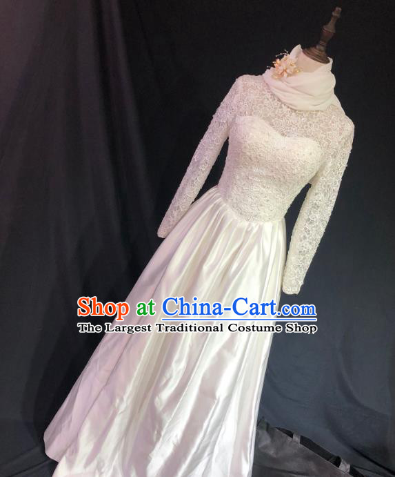 Top Grade Bride White Lace Satin Wedding Dress Bridal Full Dress Wedding Costume for Women