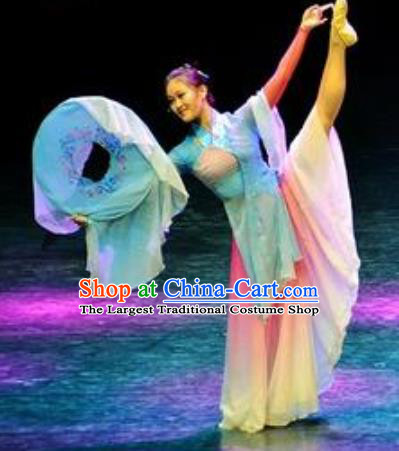 Chinese Colorful Clouds Chasing the Moon Dance Green Dress Traditional Classical Dance Stage Performance Costume for Women
