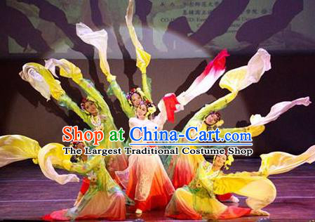 Chinese Flowers Contend in Beauty Classical Dance Dress Traditional Beijing Opera Dance Stage Performance Costume for Women