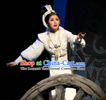 Chinese Shaoxing Opera Hua Tan Yuwen Fang White Dress Costumes and Headdress Da Mo Li Ge Yue Opera Garment Actress Apparels