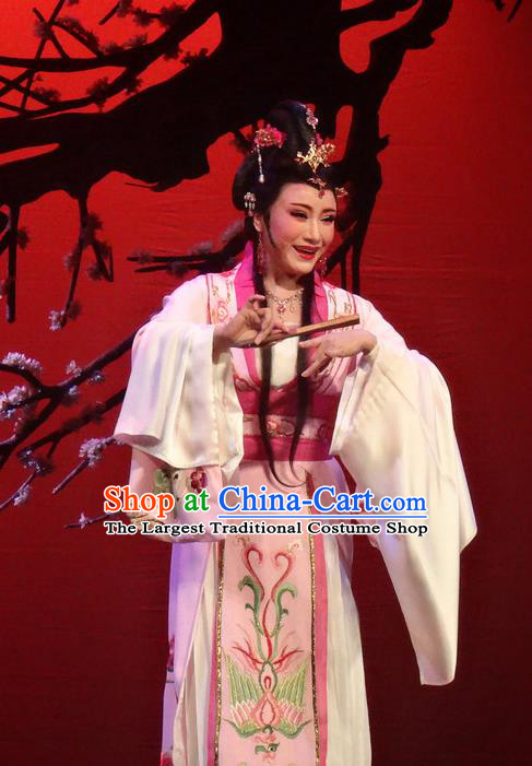 Chinese Shaoxing Opera Rich Lady Pink Dress Shuang Fei Yi Apparels Yue Opera Hua Tan Garment Costumes and Headpieces