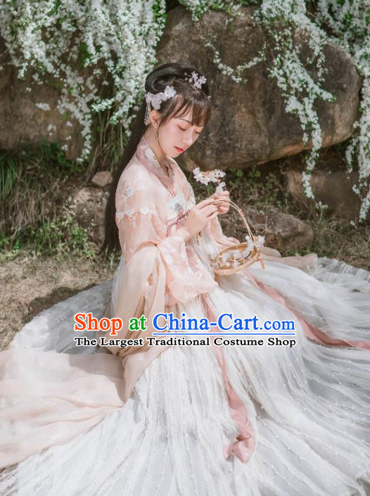 Chinese Traditional Garment Embroidered Hanfu Dress Ancient Noble Lady Historical Costumes for Women