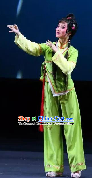 Chinese Shaoxing Opera Young Lady Green Garment Dress and Headpieces Xiao Xiao Chun Yu Yue Opera Xiaodan Dai Xiu Apparels Costumes