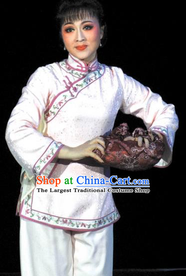 Chinese Shaoxing Opera Hua Tan Country Woman White Garment and Headpieces Sister Yuqing Yue Opera Actress Apparels Dress Costumes