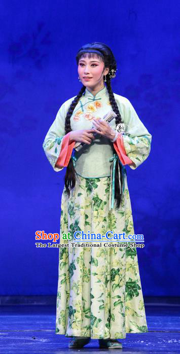 Chinese Shaoxing Opera Rich Lady Green Dress Apparels Costumes and Headpieces The Family Yue Opera Hua Tan Garment