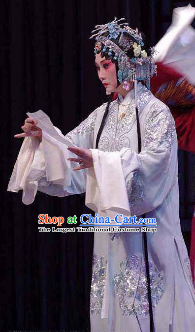 Chinese Kun Opera Hua Tan Diva Apparels Costumes and Hair Accessories Full Bed Wat Traditional Kunqu Opera Young Mistress Actress Dress Garment