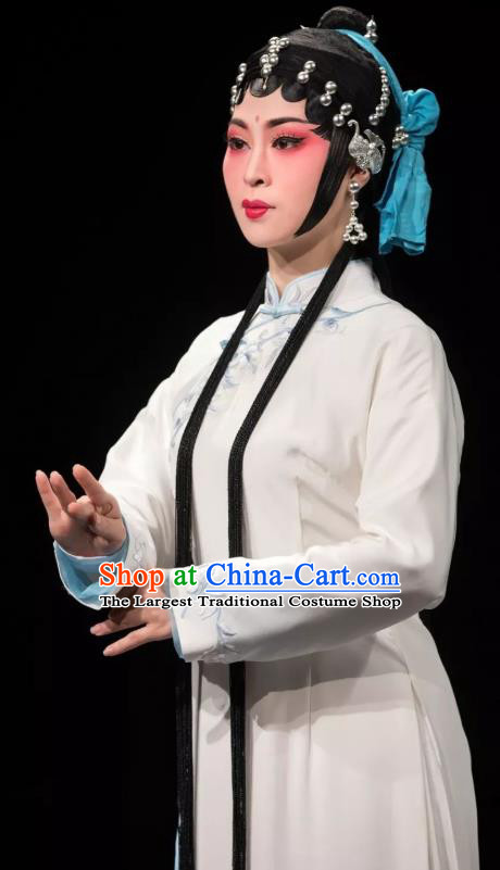 Chinese Huangmei Opera Distress Maiden Garment Costumes and Headdress Yu Tian Xian Traditional Anhui Opera Young Female White Dress Apparels