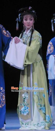 Chinese Shaoxing Opera Noble Lady Garment Shuang Yu Chan Yue Opera Hua Tan Costumes Actress Lv Biyun Green Dress Apparels and Headpieces