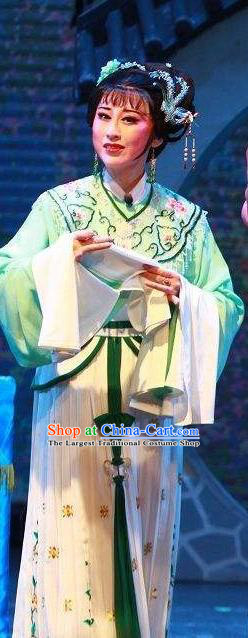 Chinese Shaoxing Opera Rich Lady Costumes Yue Opera Hua Tan The Wrong Red Silk Garment Female Beauty Apparels and Hair Jewelry