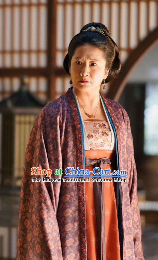 Chinese Ancient Noble Dame Yang Clothing Drama Serenade of Peaceful Joy Song Dynasty Countess Historical Costumes and Headpieces