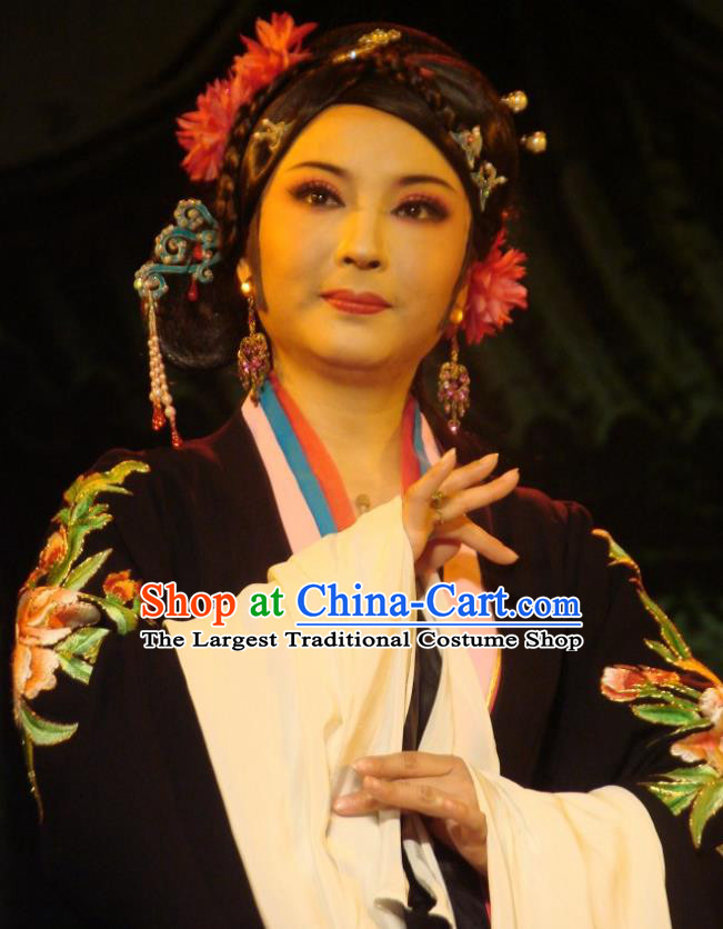 Chinese Shaoxing Opera Rich Dame Costumes and Headpieces Lions Roar Yue Opera Laodan Apparels Elderly Female Dress Garment