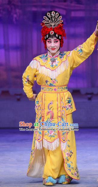 Chinese Beijing Opera Young Woman Apparels Costumes and Headdress San Da Tao Sanchun Traditional Peking Opera Martial Female Yellow Dress Garment