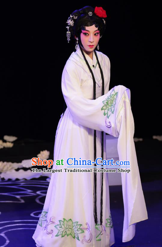 Chinese Beijing Opera Distress Maiden Apparels A Love Beyond Costumes and Headdress Traditional Peking Opera Diva Qu Xiuxiu Dress Actress Garment
