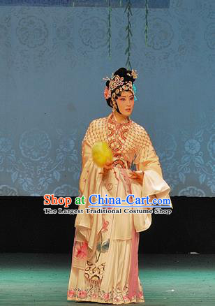 Chinese Sichuan Opera Actress Bai Suzhen The Legend of White Snake Garment Costumes and Hair Accessories Traditional Peking Opera Hua Tan Dress Fairy Apparels