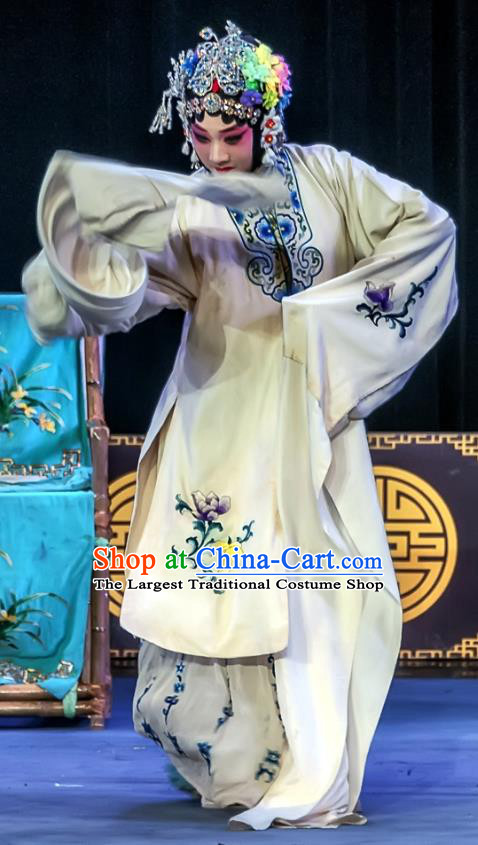Chinese Sichuan Opera Actress The Legend of White Snake Bai Suzhen Garment Costumes and Hair Accessories Traditional Peking Opera Hua Tan White Dress Apparels