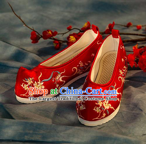 Chinese Handmade Red Embroidered Shoes Traditional Ming Dynasty Female Bow Shoes Hanfu Shoes Ancient Princess Shoes