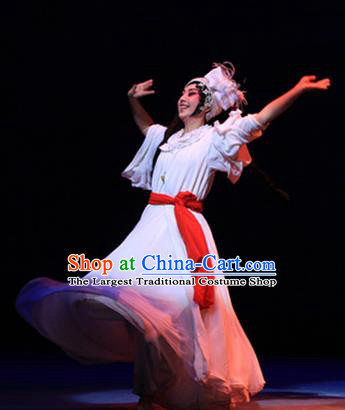 Chinese Beijing Opera Actress Ai Liya Apparels Costumes and Headpieces Traditional Peking Opera Love Bell Tower Hua Tan White Dress Garment