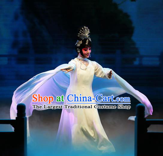 Chinese Beijing Opera Goddess Apparels Costumes and Headpieces Mei Lan Ni Chang Traditional Peking Opera Imperial Consort Yang Dress Diva Garment
