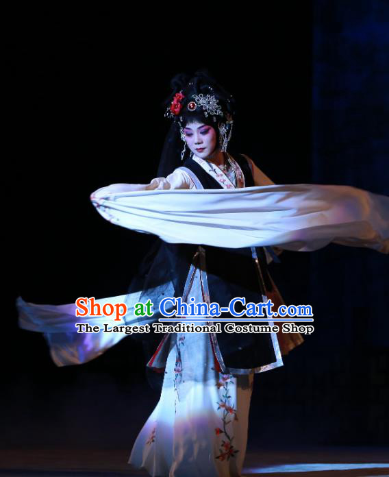 Chinese Beijing Opera Young Female Apparels Costumes and Headdress Wu Long Yuan Traditional Peking Opera Hua Tan Yan Xijiao Dress Actress Garment