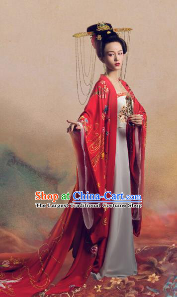 Chinese Ancient Imperial Consort Yang Hanfu Dress Apparels Traditional Tang Dynasty Magnificent Concubine Historical Costumes and Headdress Complete Set