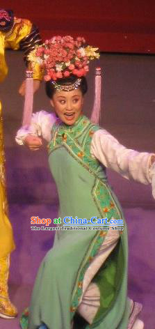 Chinese Beijing Opera Diva Wu Yunzhu Garment Costumes and Headdress Shao Nian Tian Zi Traditional Qu Opera Qing Dynasty Imperial Consort Apparels Actress Green Dress
