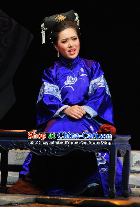 Chinese Beijing Opera Qing Dynasty Woman Garment Costumes and Headdress Under the Red Banner Traditional Qu Opera Young Mistress Apparels Blue Dress