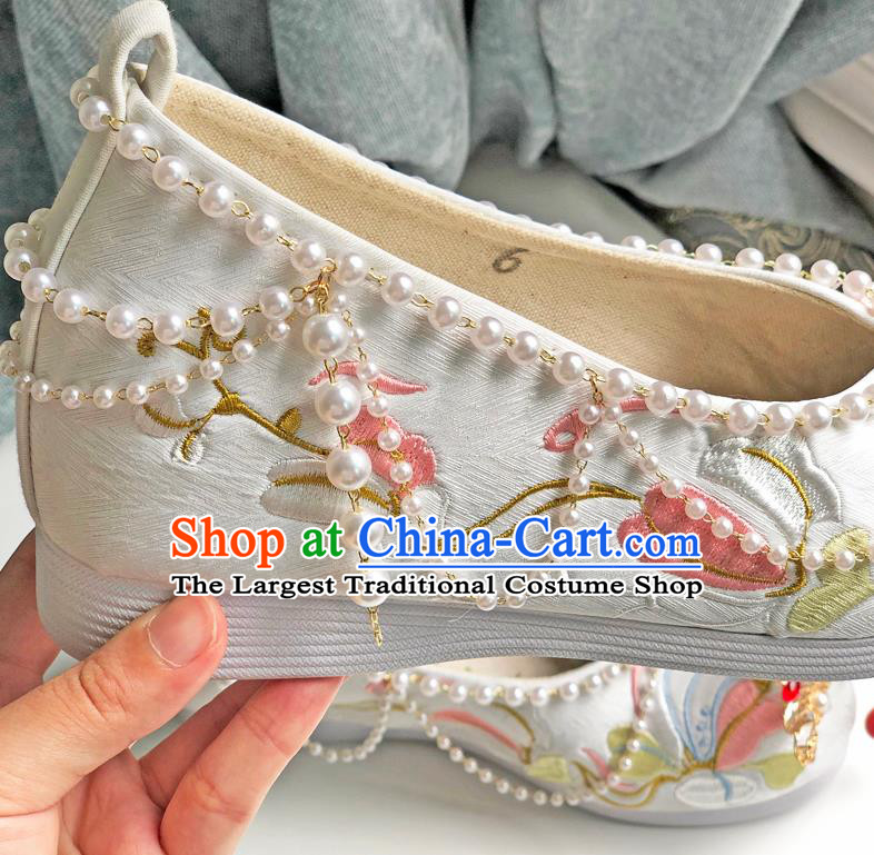 Chinese Ancient Princess Pearls Bow Shoes Traditional Cloth Shoes Wedding Hanfu Shoes Embroidered Shoes for Women