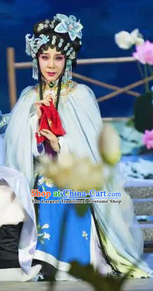 Chinese Cantonese Opera Young Female Garment Hua Yue Ying Costumes and Headdress Traditional Guangdong Opera Hua Tan Apparels Actress Du Caiwei Dress