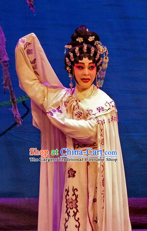 Chinese Cantonese Opera Courtesan Garment Qian Tang Su Xiaoxiao Costumes and Headdress Traditional Guangdong Opera Hua Tan Apparels Young Beauty Dress