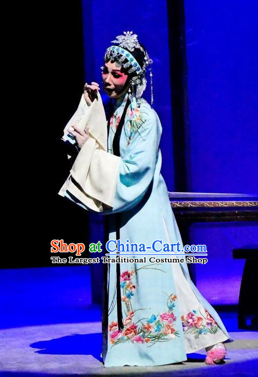 Chinese Cantonese Opera Actress Yang Yaoxian Garment Hua Jian Ji Costumes and Headdress Traditional Guangdong Opera Hua Tan Apparels Diva Dress