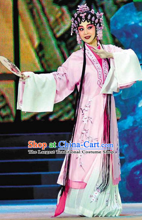 Chinese Cantonese Opera Actress Huo Xiaoyu Garment Story of the Violet Hairpin Costumes and Headdress Traditional Guangdong Opera Young Beauty Apparels Hua Tan Pink Dress